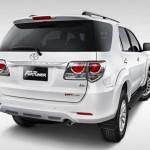 Toyota Fortuner 2015 Back