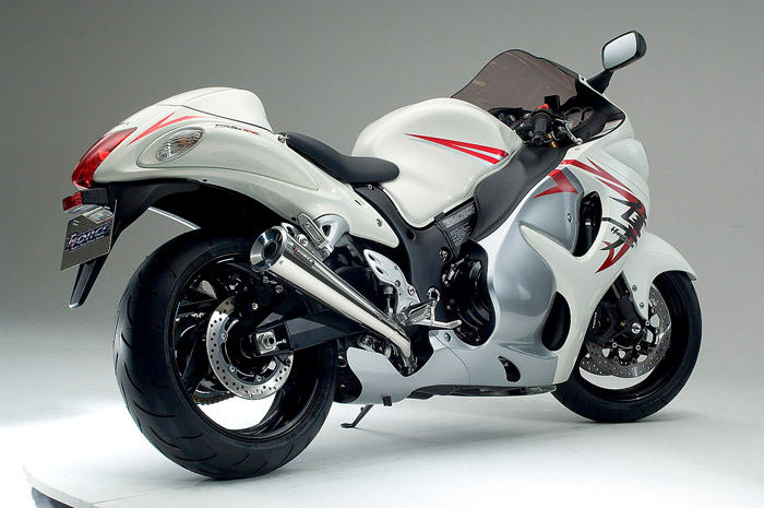 Suzuki-Hayabusa-New-Model-White-Color-Heavy-Bike