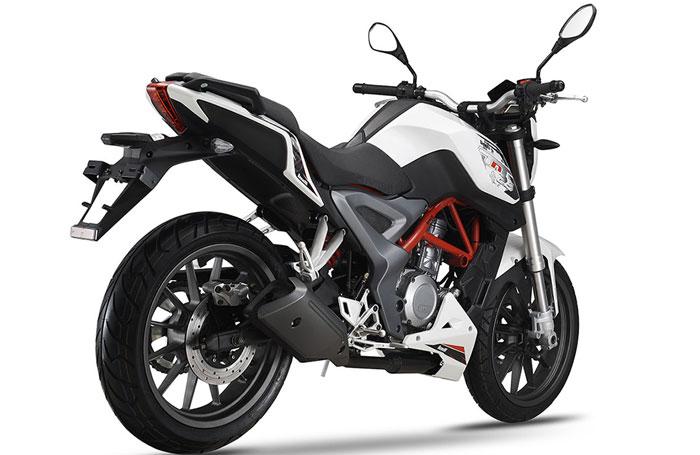 Benelli-TNT-25-Model-Bike