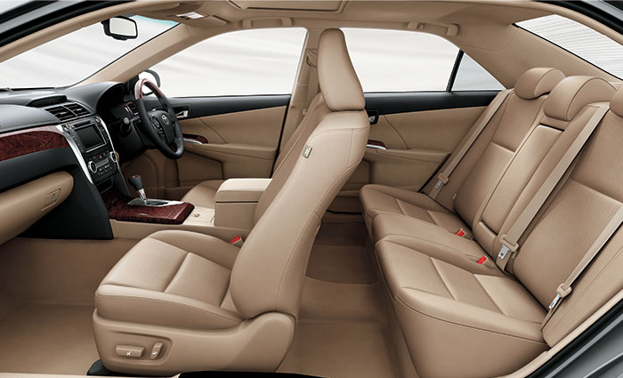 toyota-camry-seats